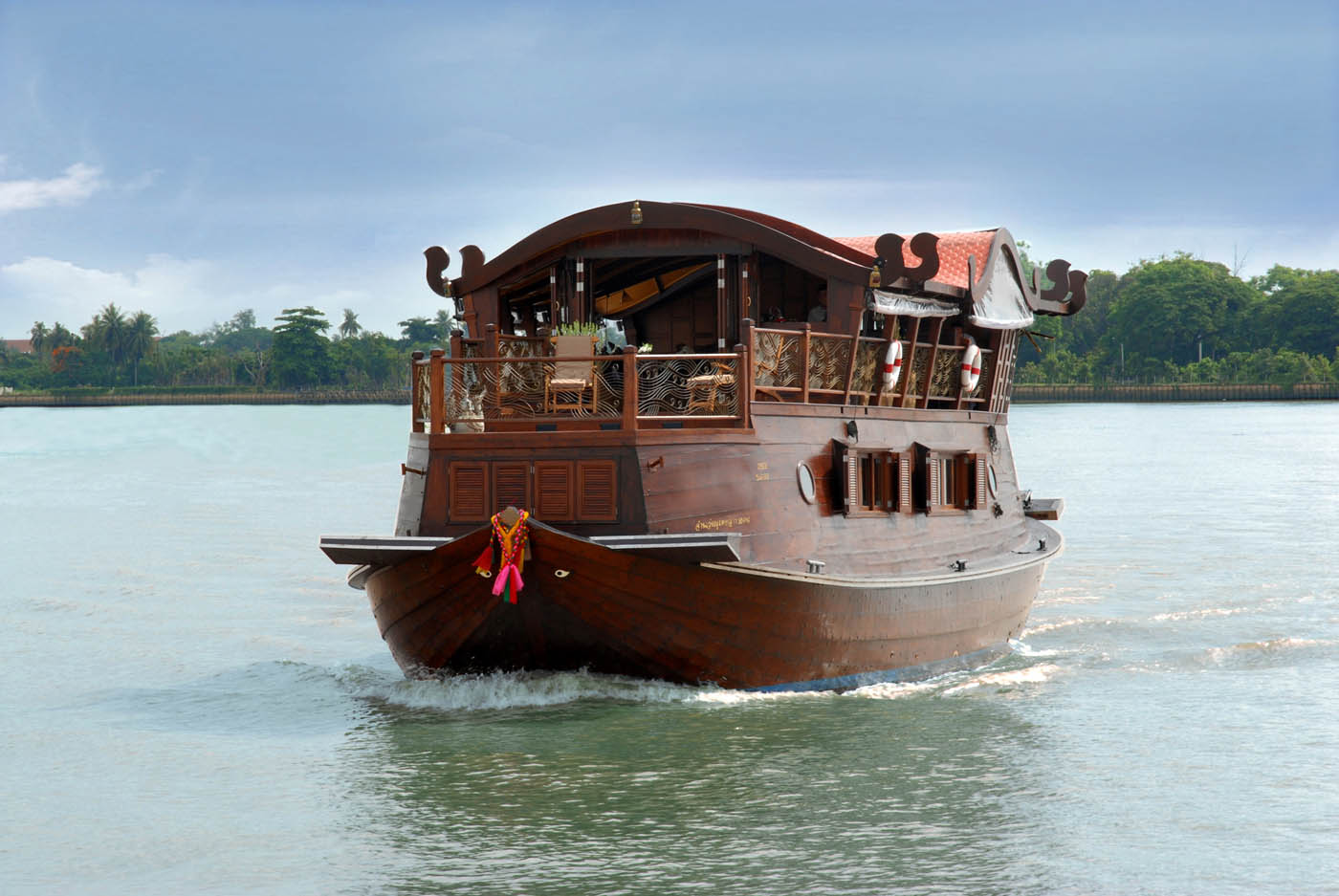 Cruise & Elephant Discovery Experience - Thailand