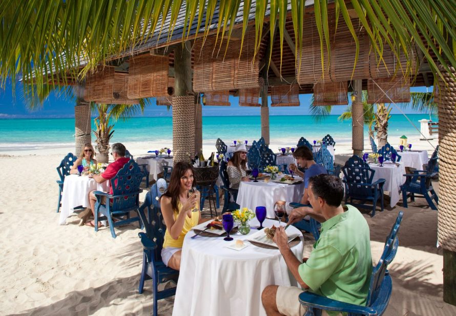 Sandals Grande Antigua Dining at Barefoot by the Sea